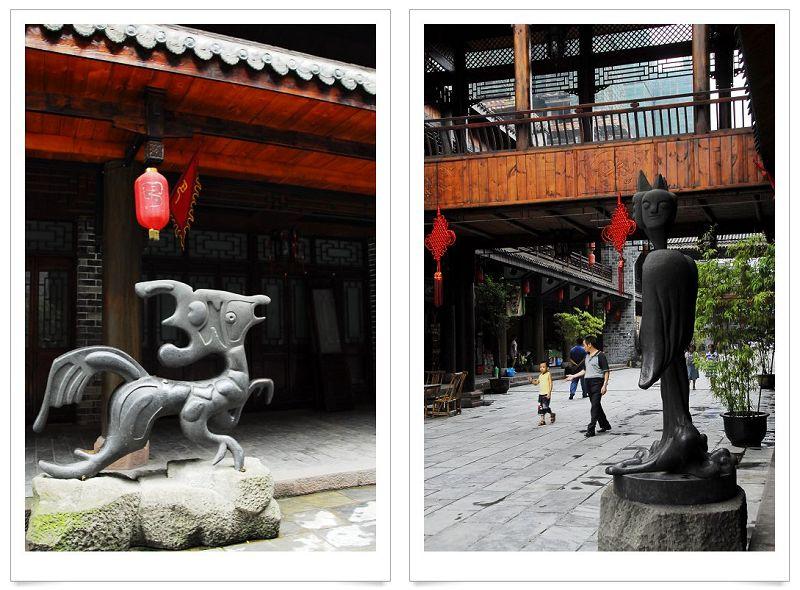 重庆巴国城-------餐饮风情街以及独特的雕塑2/?