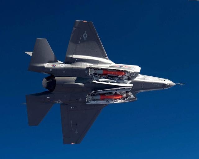 j20战斗机手绘
