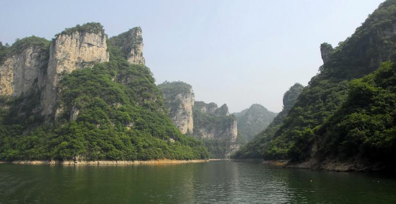 舞阳河(舞字左边应带三点水偏旁,电脑中没收入)全长400多公