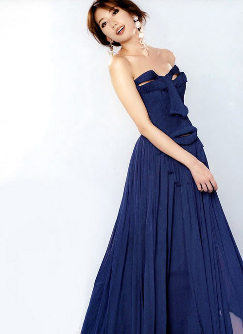 最漂亮的裙_春天这条连衣裙真的很显瘦