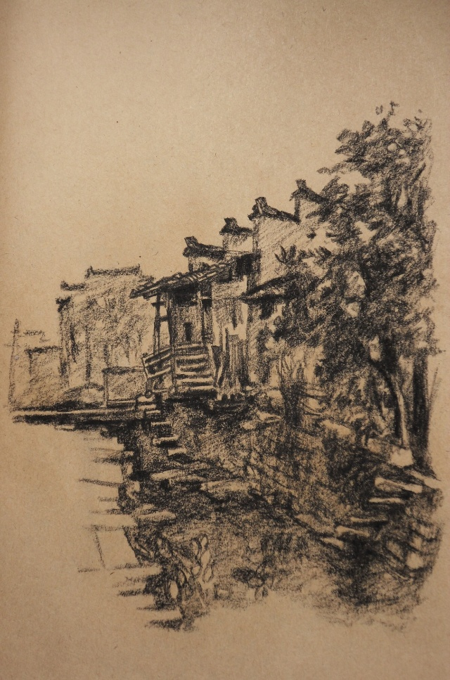 学生画风景水粉,我也画了几张速写,是画在牛皮纸的速写本上,用炭笔画