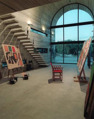 希腊独立艺术家的画廊住宅