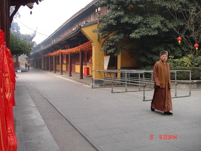 上海的寺庙 1 龙华古寺