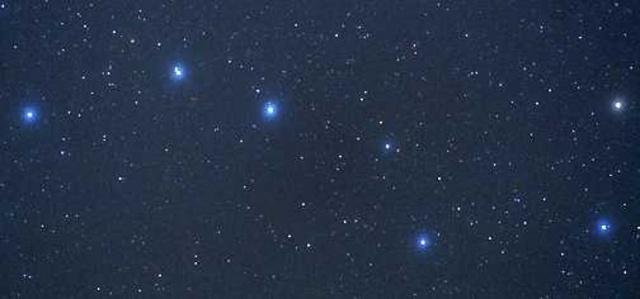 我爱月夜,我爱星空