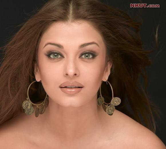 印度宝莱坞性感美女艾西瓦娅・雷组图