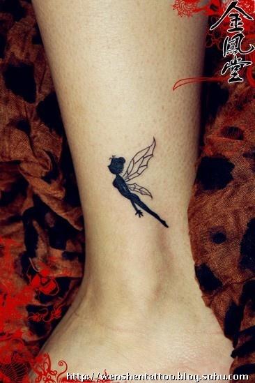 女人纹身图俺,6月的最新纹身图片