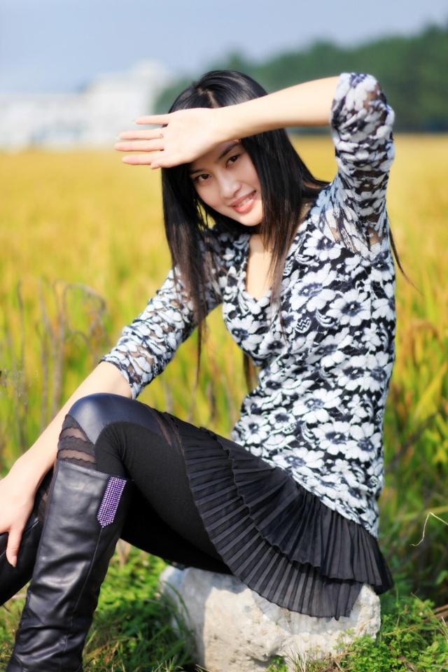 清纯美女小解 中国顶级模特摄影会所